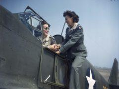 Femme pilote P-51 Mustang